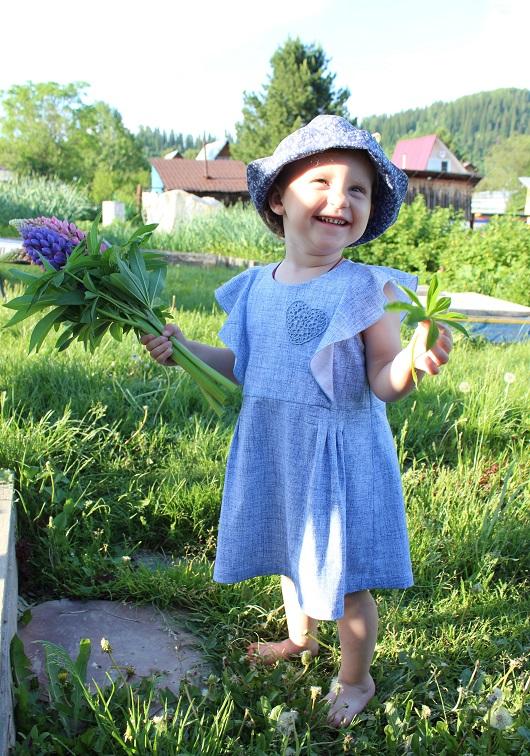 Татьяна Кацуба работа «Платье с крылышками»